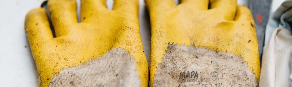 The tradesmen guide to work gloves